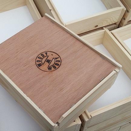 houten bakjes voor laboratoria